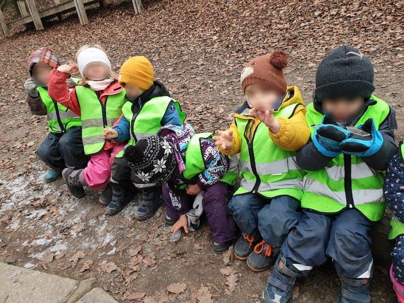 Eis beobachten - Kinderkrippe und Waldkinderkrippe Blüemli in Zürich Witikon